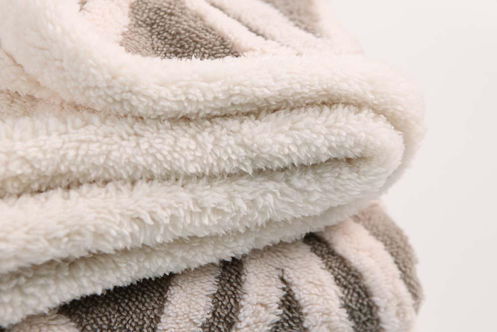Jacquard-warm-microplush-blanket-2