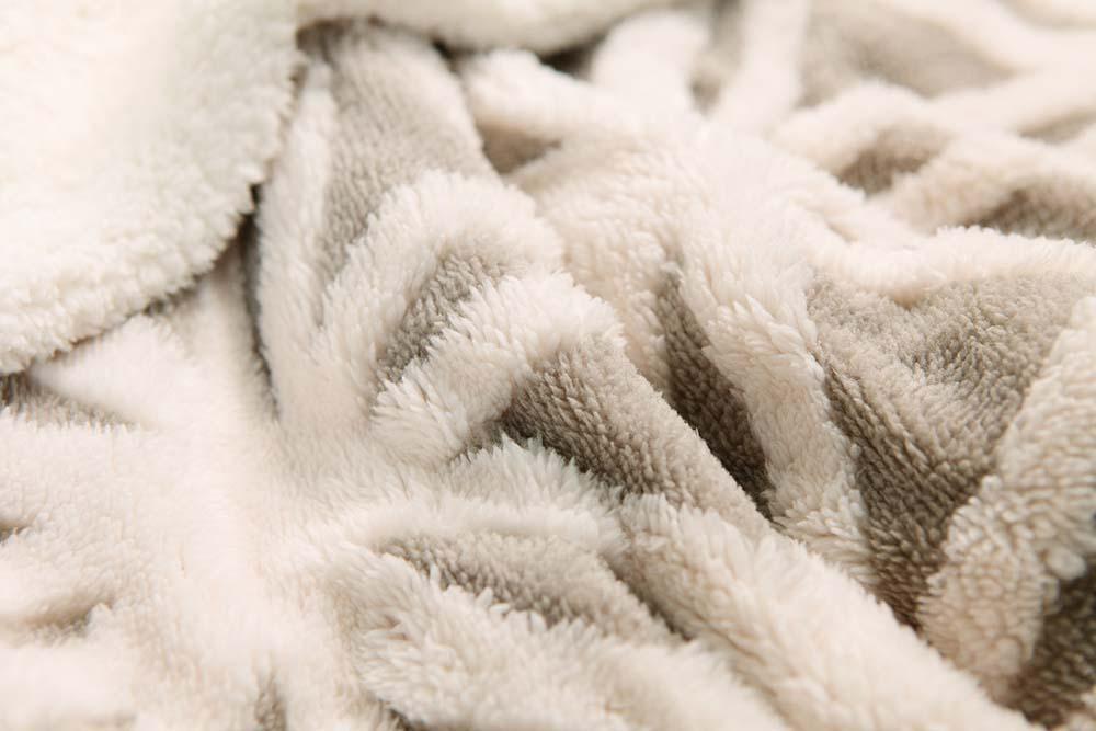 Jacquard-warm-microplush-blanket-6