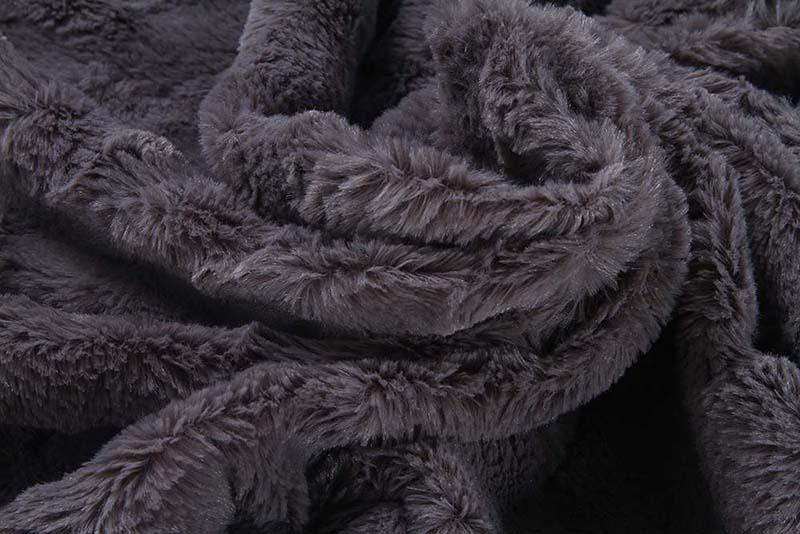 PV-plush-blanket-1