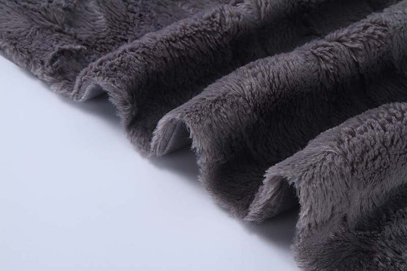 PV-plush-blanket-2