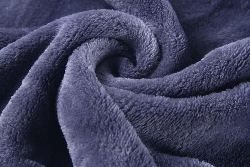 Printed-pillow-blanket-3