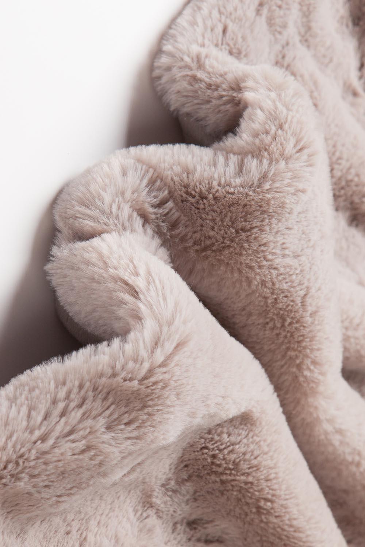 luxury-plush-fabric-2