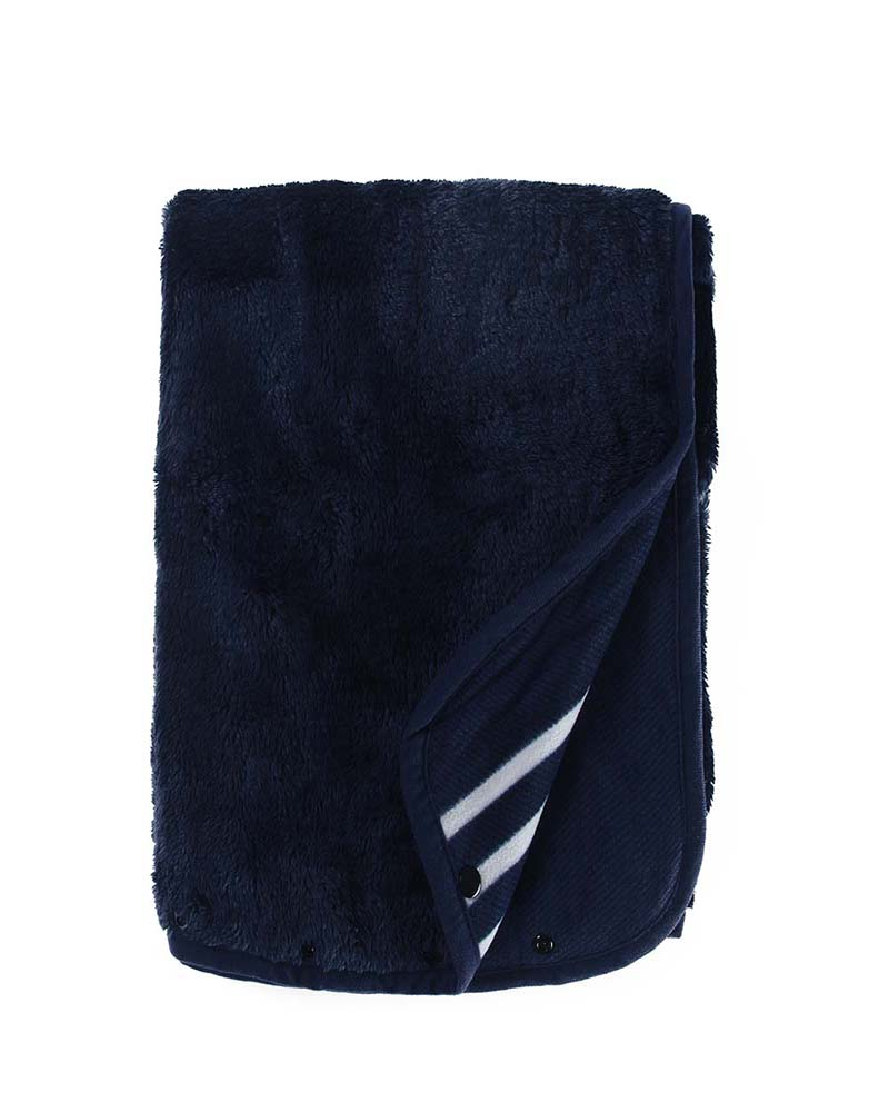 outdoor-fleece-blanket